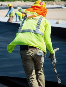 Liner crew laborer